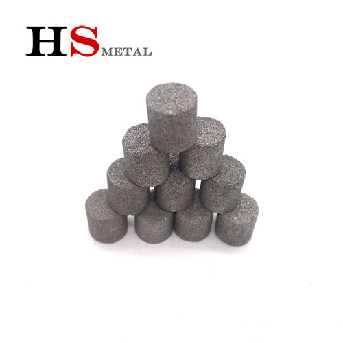 Titanium powder sintered products (2)